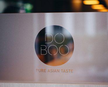 DOBOO Eingangstür Koreanisches Soulfood Restaurant